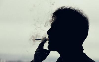 Fumare limita la capacità del sistema immunitario di combattere il cancro